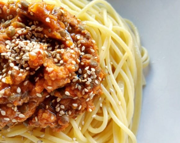 espaguetis con boloñesa de lentejas
