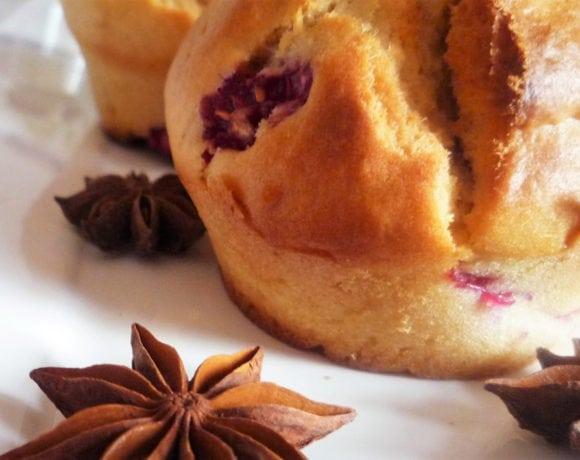 muffins con frambuesas y arándanos