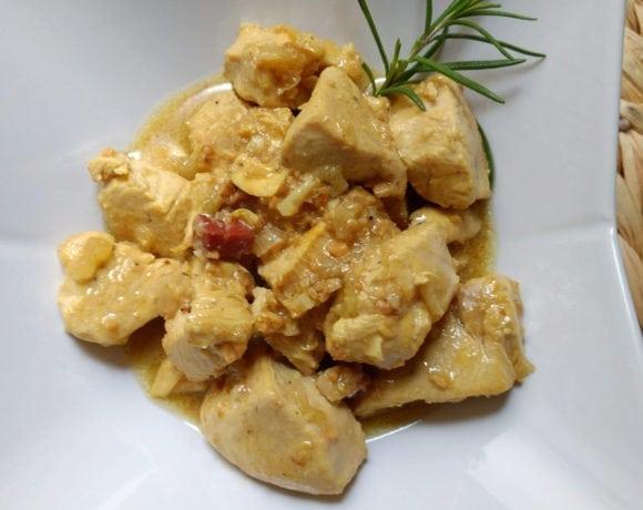 pollo en salsa pepitoria