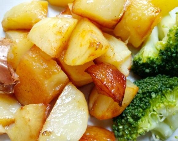 brócoli con patatas al ajillo y pimentón ahumado