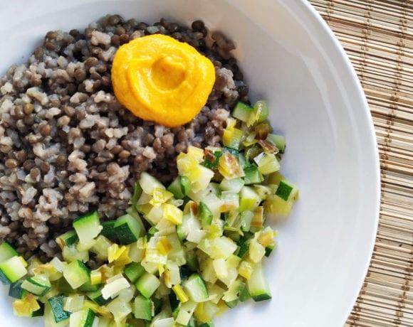 lentejas con arroz integral y calabacín